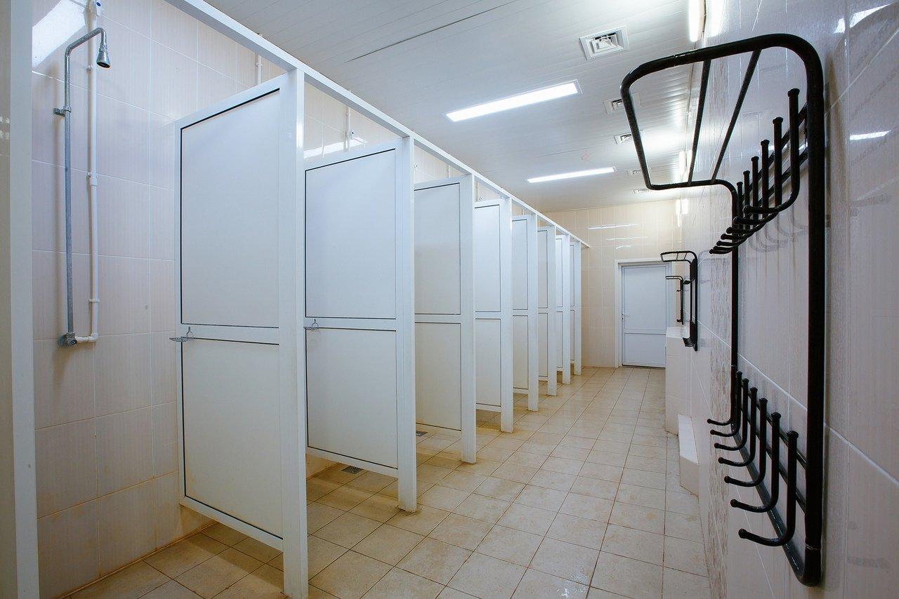 Душевая спортивно-оздоровительного центра МАОУ СШ №30
