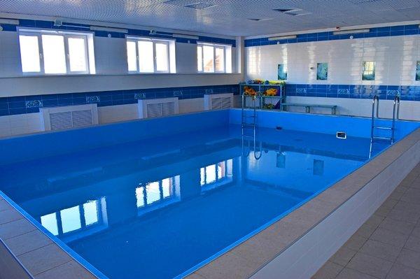 Малый бассейн физкультурно-оздоровительного комплекса МАОУ СШ №60
